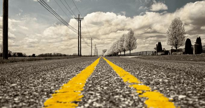Plaque&Go débute sa série sur les routes mythiques avec la Nationale 7