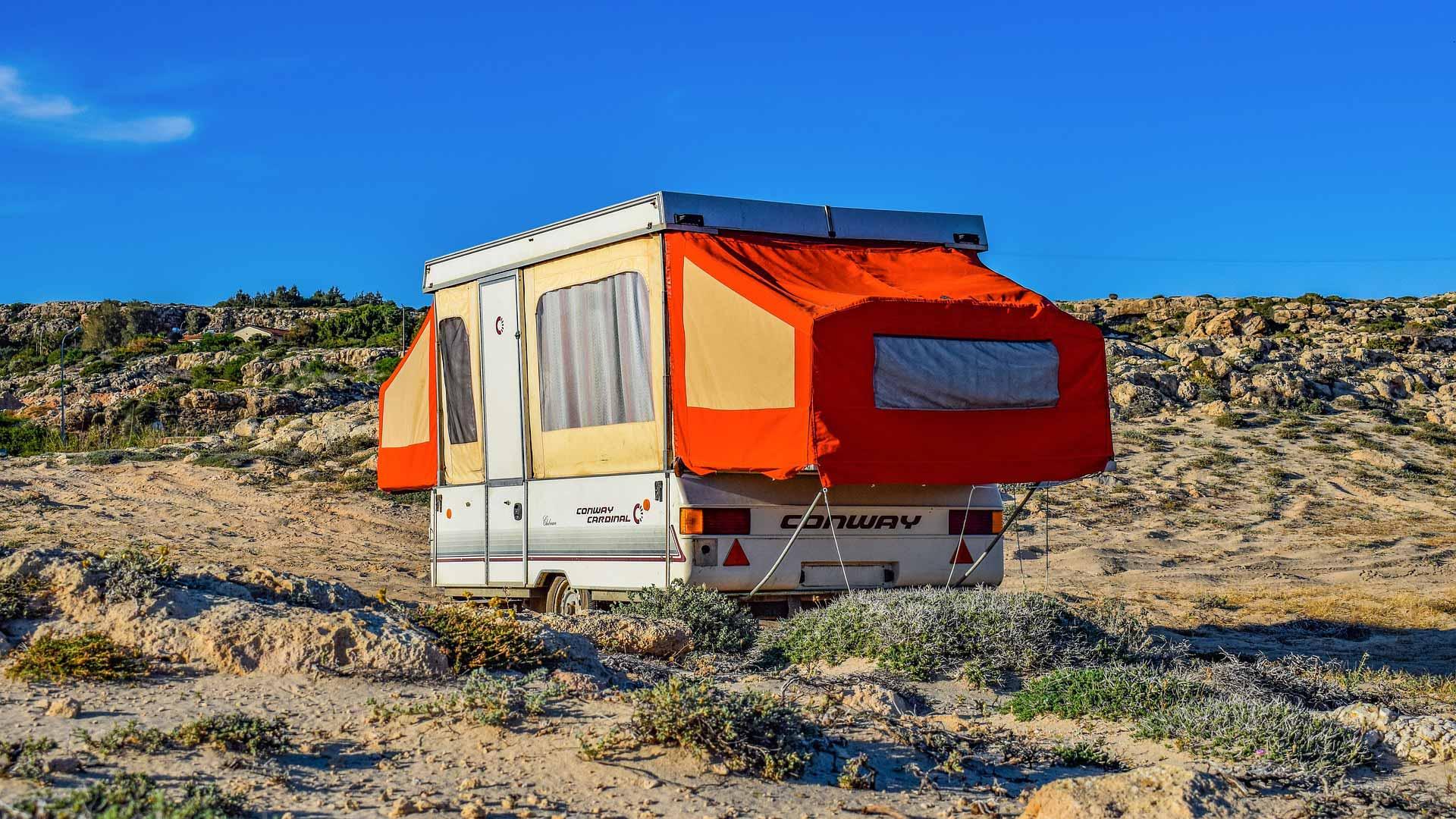 Quelle plaque d'immatriculation pour votre caravane ?